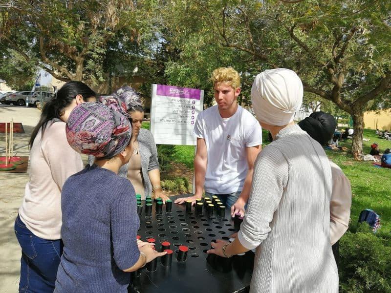 פעילות גיבוש עם משחקי חשיבה